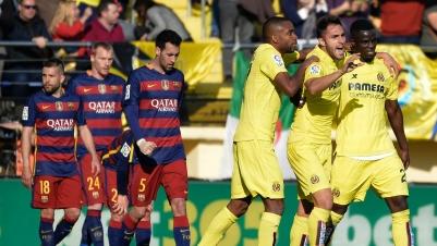 Barca verschenkt Sieg, baut aber Vorsprung weiter aus